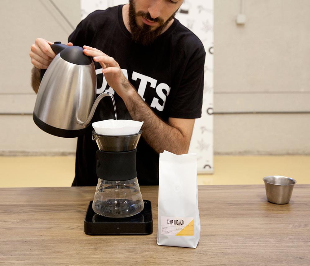 barista Pablo en don gallo café