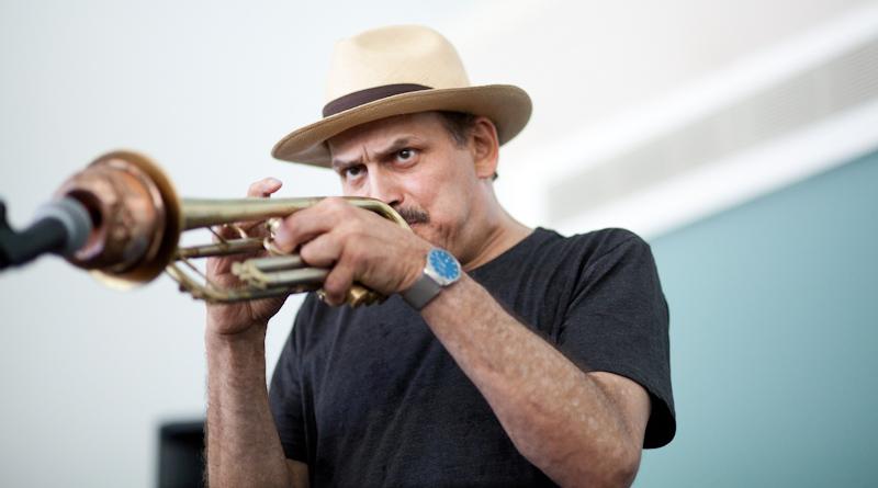 Jerry González tocando en Berklee Valencia
