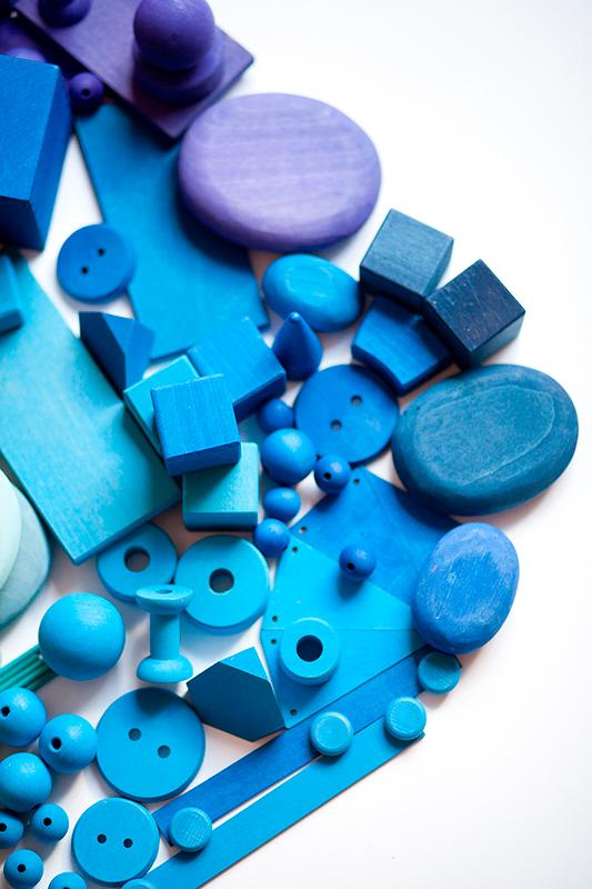 piezas de madera de Grimms y de Grapat, piezas sueltas, juego libre